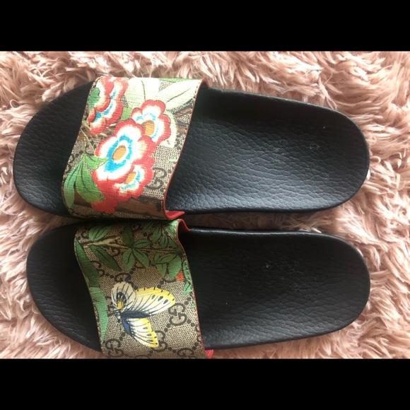 4f81f600a88 Gucci Shoes - Gucci  Pursuit  Floral Logo Slide Sandal ...
